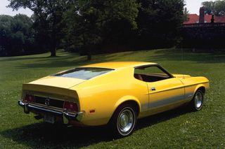 1973-Ford-Mustang-Mach-1-Yellow