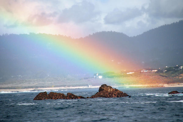 861621-Rainbow-over-Carmel-Beach-1